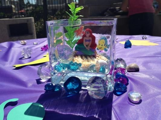 Little mermaid centerpiece princessmicaela pinterest for Ariel birthday decoration ideas