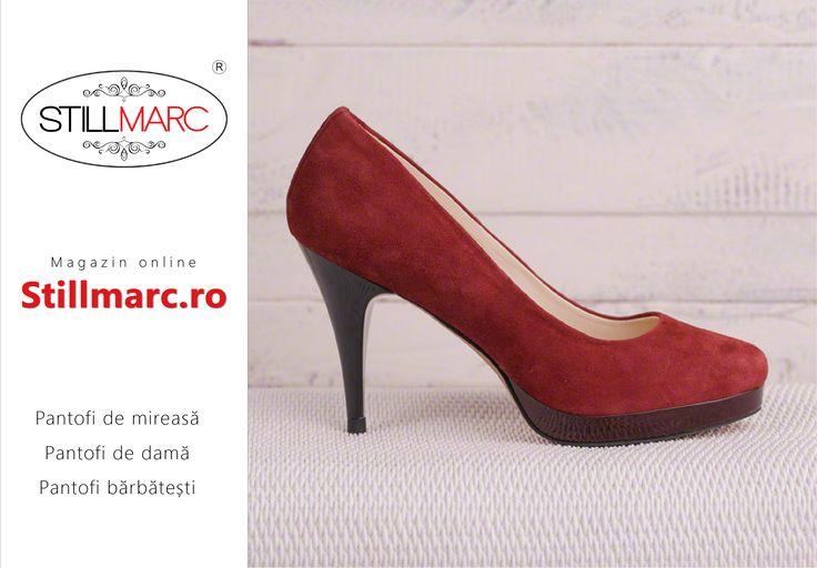 Pantofii de mireasa Stillmarc au inaltimi de toc mic, mediu si inalt, de la 5 cm la 13 cm. Tocurile sunt in varianta vopsita sau imbracate in culoarea materialului din care sunt confectionati pantofii.