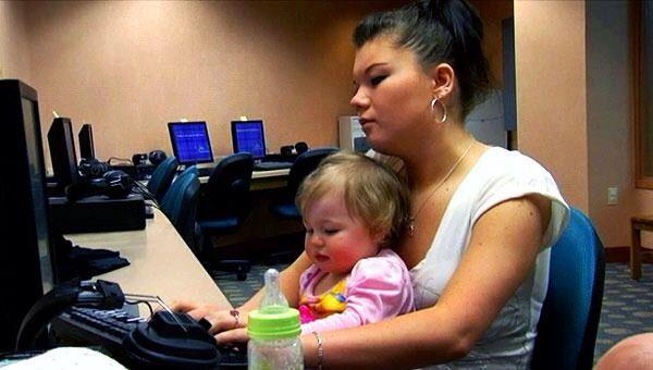 Teen Mom Photo from Season 2 Amber Portwood and her daughter Leah #amber #portwood #amberportwood #teen #mom #teenmom #mtv #16andpregnant