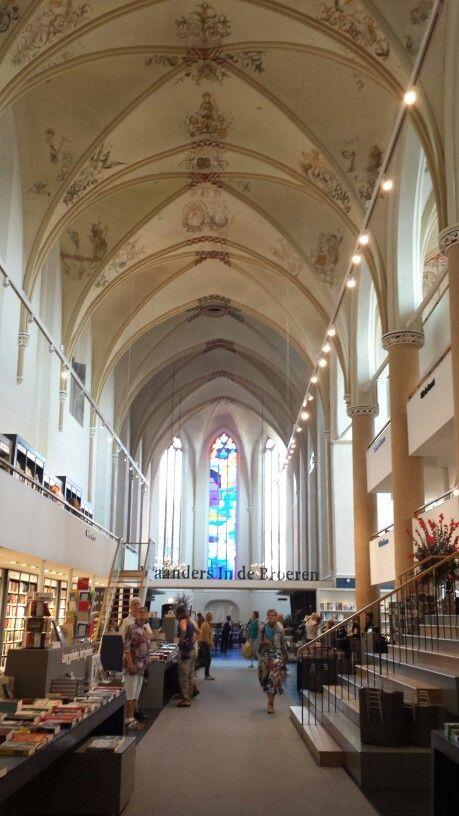 The recently opened Waanders Bookshop in the Broerenkerk.