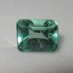 Columbian Emerald 0,44 ct Top Quality. Warna hijaunya sangat menyala (Fire Green)