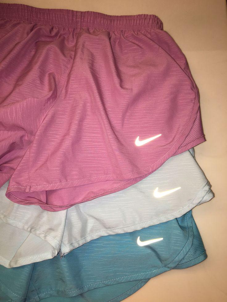 Nike Women's 3'' Heatherized Tempo Running Shorts 11