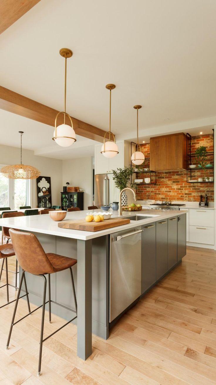 Home Decor Kitchen, Kitchen Interior, Kitchen Dining, Long Kitchen, Family Kitchen, Kitchen Ideas, Beach House Kitchens, Home Kitchens, Modern Farmhouse Kitchens