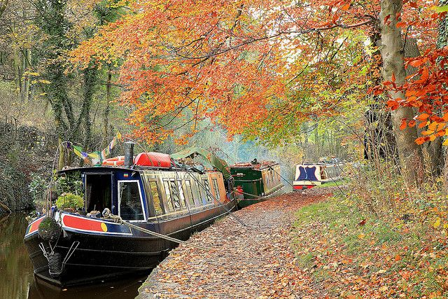 beautiful narrowboats