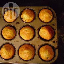 Muffins légers à la banane et aux myrtilles @ allrecipes.fr