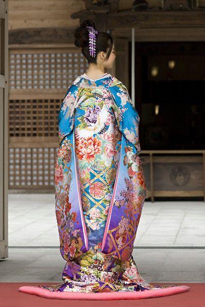 """thekimonogallery: """"Modeling wedding uchikake over-kimono. Japan """""""
