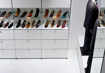 images usm showroom interiors pinterest usm haller schuhschr nke und usm. Black Bedroom Furniture Sets. Home Design Ideas