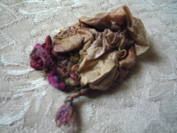 Valentines gift for her fibre art Brooch nuno felted by roFelt, $9.99