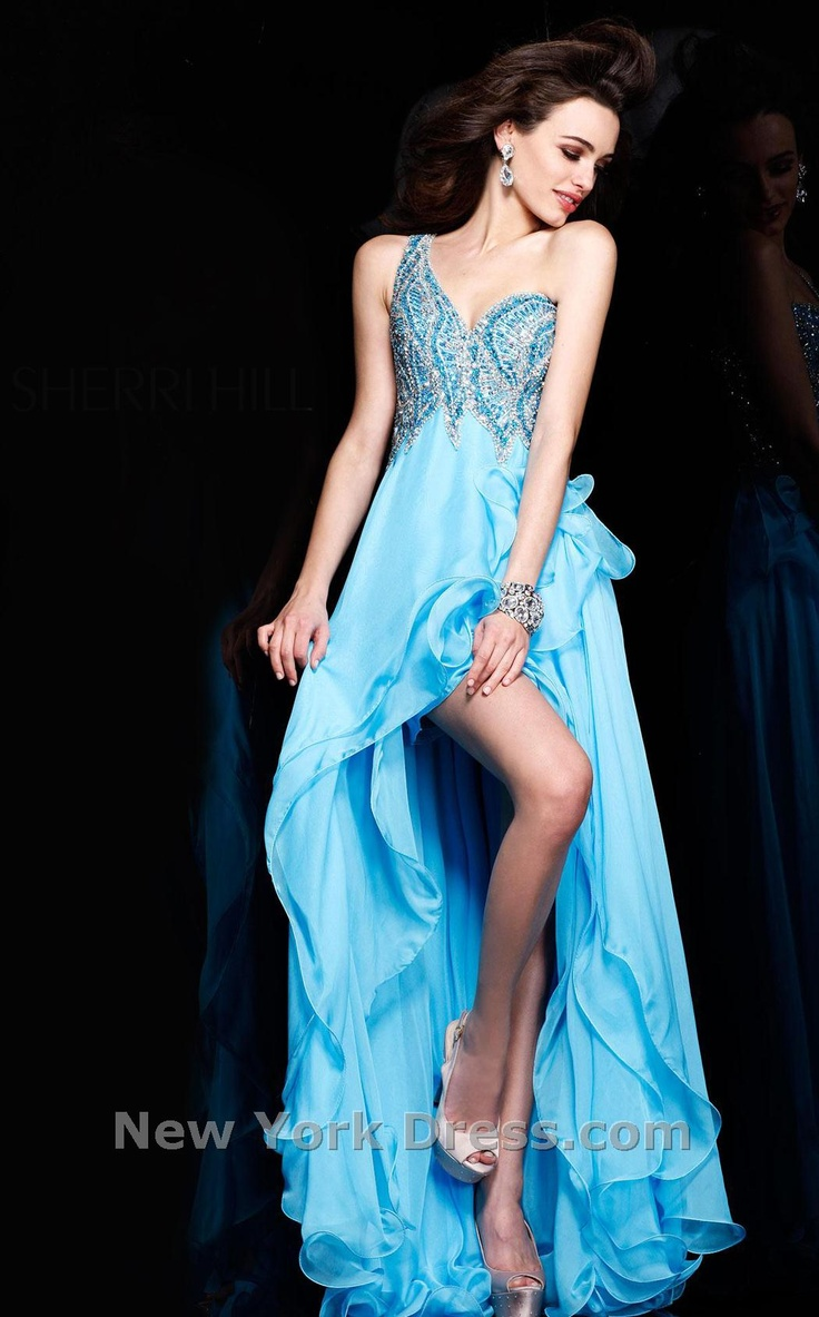 138 best Evening Gowns and Prom Dresses images on Pinterest ...