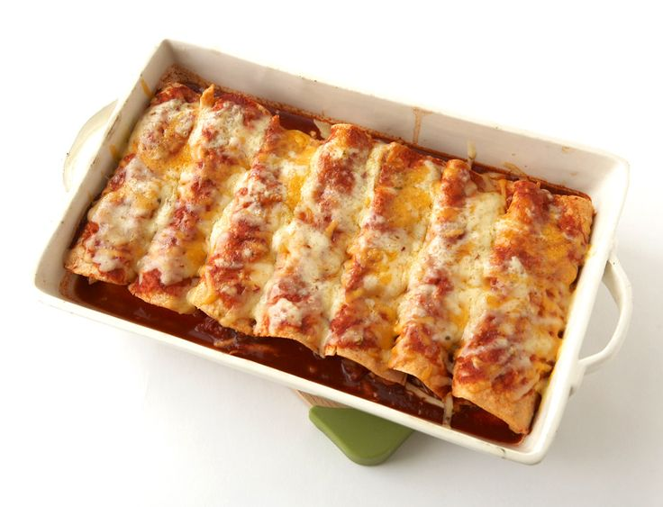 Chicken Enchiladas (I love Mexican food!) add green salsa & garlic powder