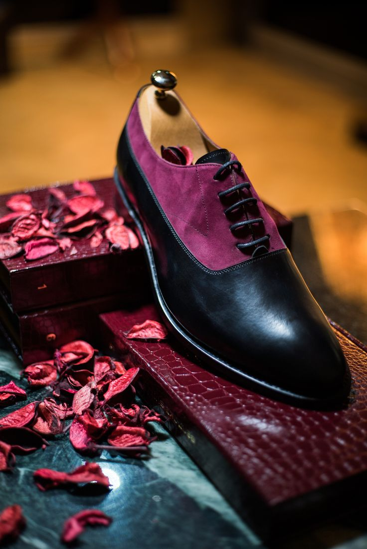 Our goodyear welted Classic Balmorals in a bold contrast.