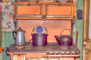 Old Stoves Photograph - Old Vintage Antique Kitchen Stove by Liane Wright