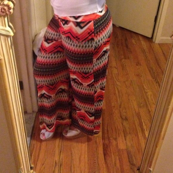 Aztec pants Very cute and fashionable Aztec pants! This is a size medium 95%polyester 5%spandex Pants