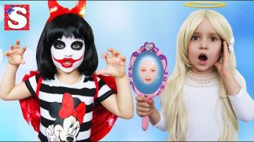 Bad Baby Annabelle Украла волшебное зеркало у Emily LOTS OF CANDY CHALLENGE FREAKY JOKER PRANKS Toys http://video-kid.com/21520-bad-baby-annabelle-ukrala-volshebnoe-zerkalo-u-emily-lots-of-candy-challenge-freaky-joker-pran.html  Bad Baby prank Annabelle Freak Украла волшебное зеркало у Emily LOTS OF CANDY CHALLENGE CHOCOLATE FACE  FREAKY JOKER .София сегодня в роли Annabelle Freak и Emily превращается FREAKY JOKER SPIDER-MAN Live Mermaids получилось очень веселое и позитивное видео для…