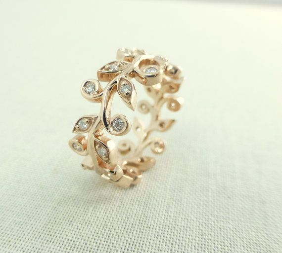 Leaf and diamond engagement ring. Wedding band with leaves. Vine leaf ring. 14k gold and diamonds.