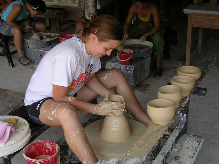 Oh Happy Clay! The purpose of this website is to provide a resource for teachers who want to use clay in the classroom. Jen Hansen. UF Alumni
