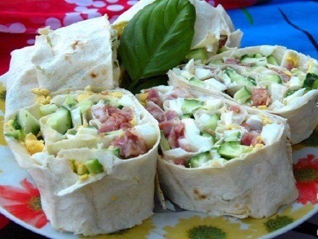 Самые вкусные рецепты: Закуска в лаваше