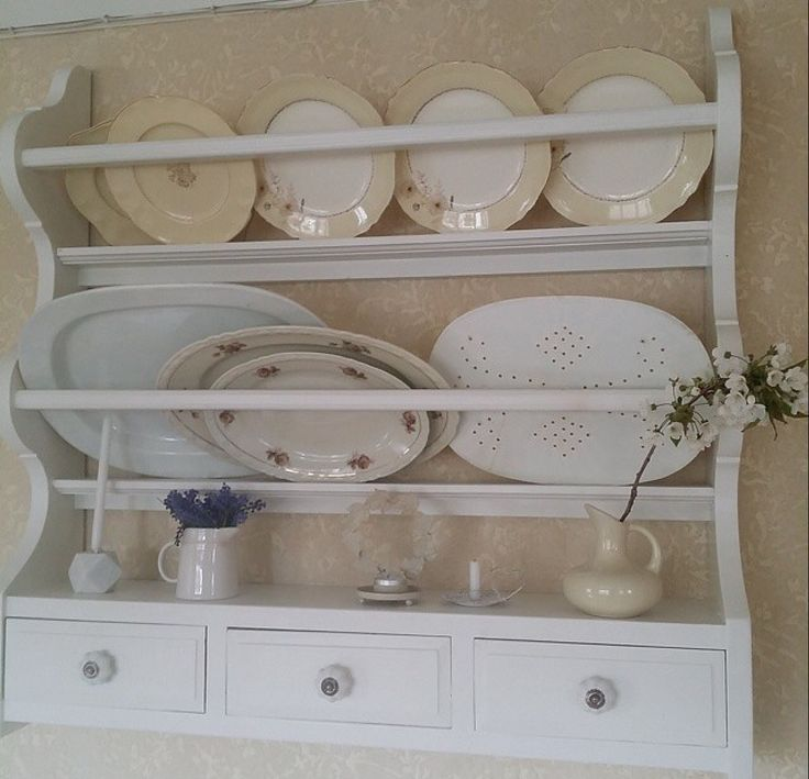 Plate rack with drawers
