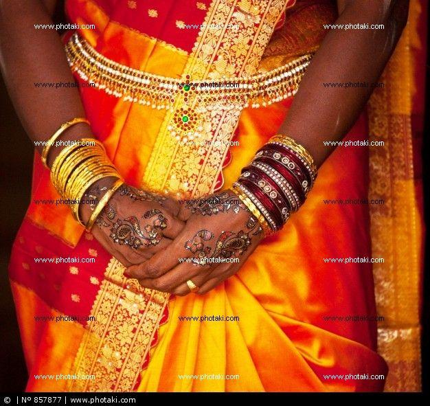 http://www.photaki.com/picture-wedding-hands_857877.htm