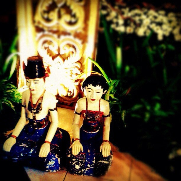 The Loro Blonyo (Inseparable Couple) is a much beloved Javanese statue (wooden sculpture) often found inside the house of a Javanese family. Loro Blonyo as gift is health, prosperity and fertility for the newly married in Java. The Javanese believe that having a traditional Loro Blonyo in one's house, it will ensure happiness, fertility, health and well-being to the family of the house.