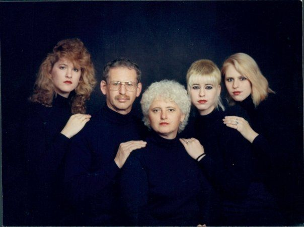 17 Best images about Awkward Family Photos on Pinterest ...