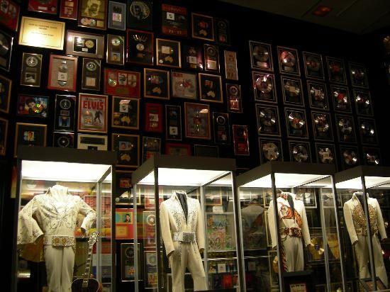 Elvis Presley Museum  Memphis Tn