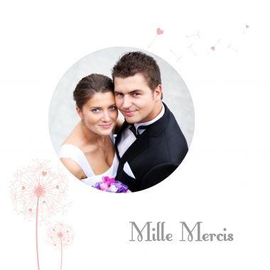 "Carte de remerciements mariage ""love is in the air""  http://www.lips.fr/impression/carte-remerciement-mariage/format-150-x-150-2p-modele.html?modele_id=455"