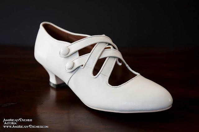 modern edwardian shoe. I would definitely wear these