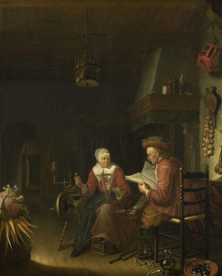 Domenicus van Tol | Interior with a man reading and a woman spinning yarn, Domenicus van Tol, 1660 - 1676 | Binnenhuis met een man lezend in een op schoot opengeslagen boek, naast hem zit zijn vrouw bij een spinnewiel met een haspel en een spoel in de handen. Op de vloer liggen een vergiet met mosselen, een pijp en een kan; links een bos wortelen. Van het plafond hangt een vogelkooi; rechts aan de muur hangen een bos uien, een blaasbalg, een kandelaar en een lantaarn.