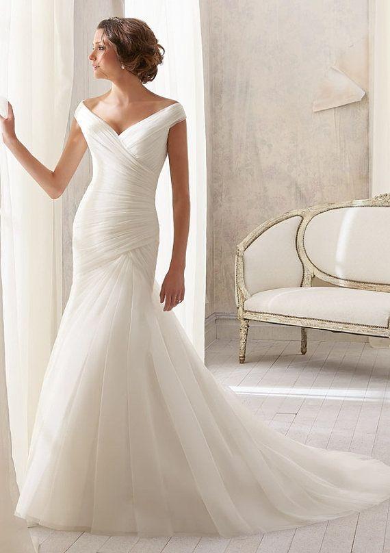 Simple Elegant Sexy Open V Back Cap Sleeve Organza Short Train Mermaid Wedding Dress Bridal Gown, Off Shoulder V Neck line Wedding dress