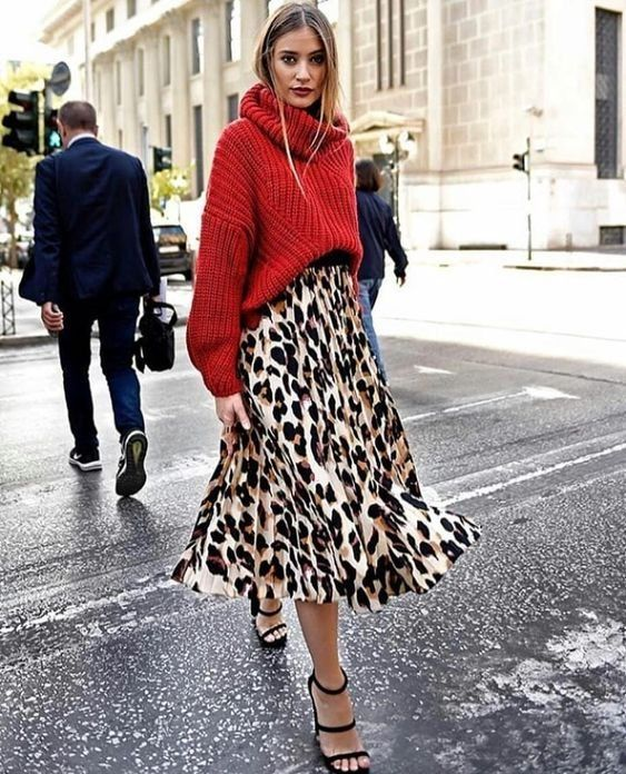 So tragen Sie Ihren Weihnachtspullover mit Stil