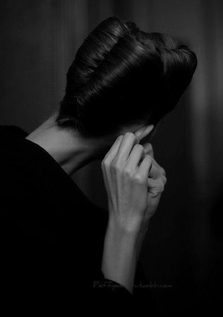 Woman / Black and White Photography by Raymond Depardon