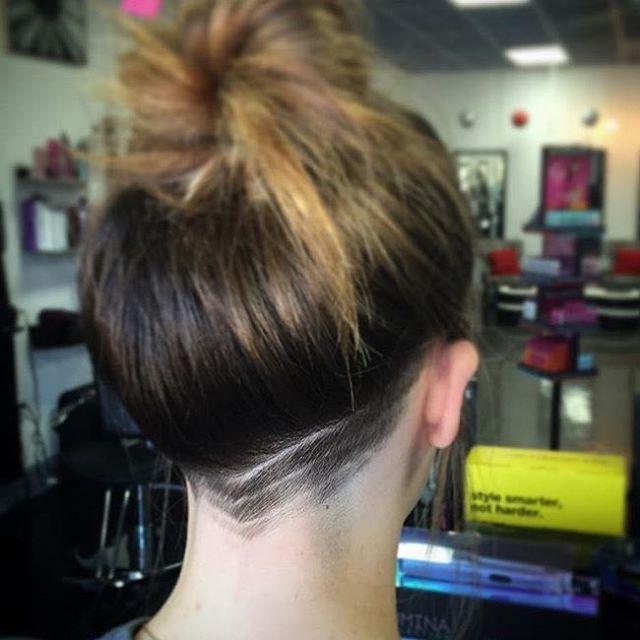 Incredible 17 Best Ideas About Nape Undercut On Pinterest Hair Undercut Short Hairstyles Gunalazisus