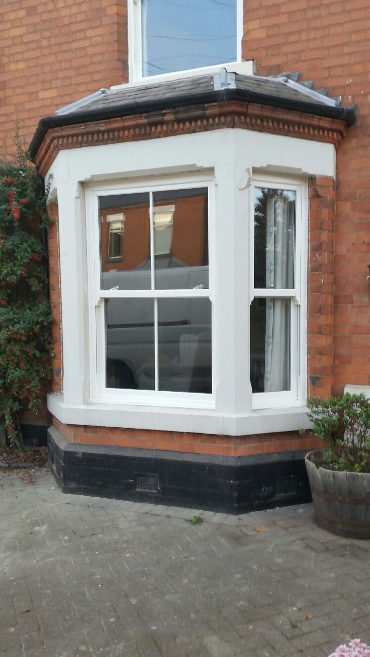 Whitegrain RoseviewWindows Heritage Vertical Sliding Sash Windows Installed In west Bridgford Nottingham. For a free quotation call us on 01158 660066 visit http://www.thenottinghamwindowcompany.co.uk or pop into our west Bridgford showroom.  #Traditional #home #sashwindows #Heritage #the #Nottingham #window #company #windows #doors #conservatories #double #glazing #ideas #home #rose #view #Whitegrain #sash #heritage #sliding #vertical #timber #derby #Leicester #home #west #Bridgford…