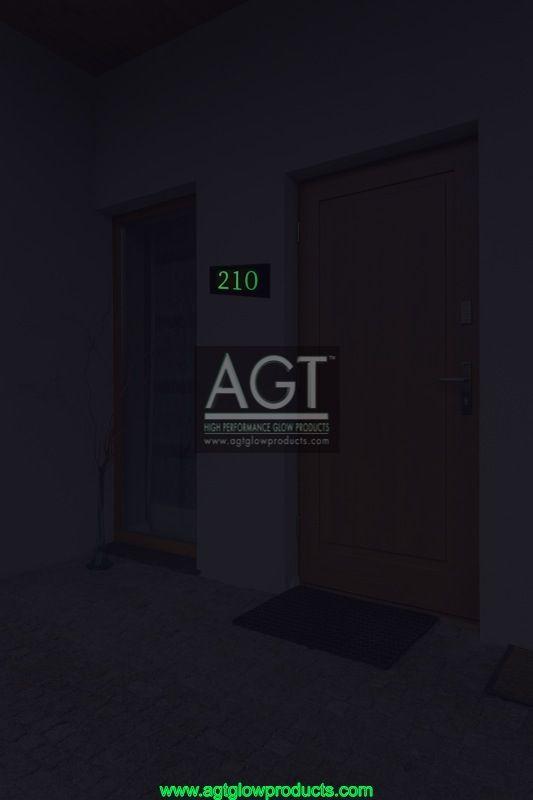 EMERALD - Glowing Numbers - NIGHT