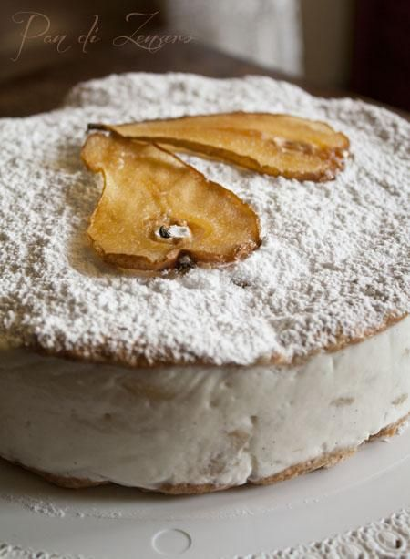 It consists of two cookies of almonds or hazelnuts stuffed with a cream made with ricotta and pears #sweets #italy