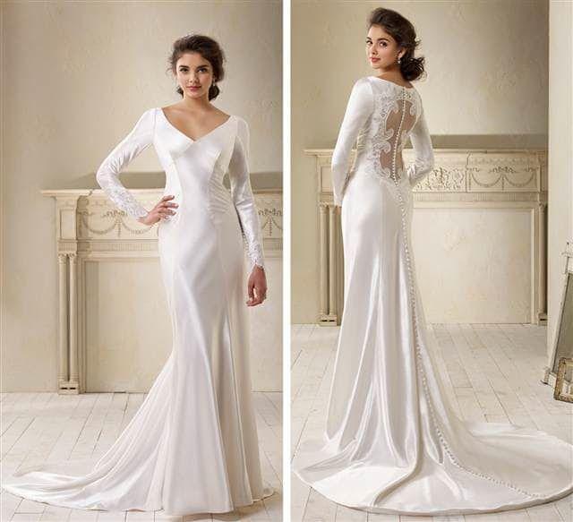 The Top 10 Most Popular Wedding Dress Designers 8 Carolina Herrera