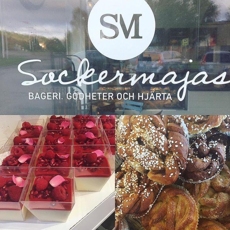 Söndagsöppet 8-14! Trotsa regnet och kom till oss! Det finns gott frukostbröd köpenhamnare och nygräddade kanelbullar. Söndagsmys#sockermajas #hantverksbageri #torslanda #hembakt #gottbröd #trevlighelg