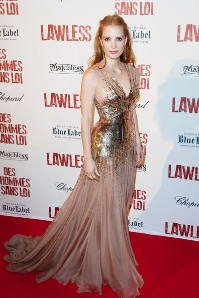 Jessica Chastain. this wide skirt that flares right from the hip is good to disguise the full bottom. Amazing dress!