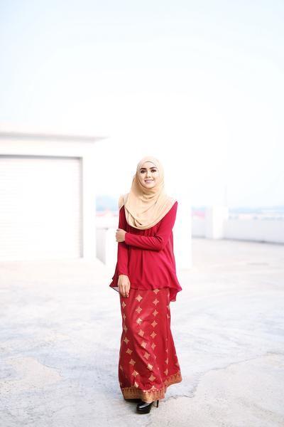 Zara Songket Cherry Maroon