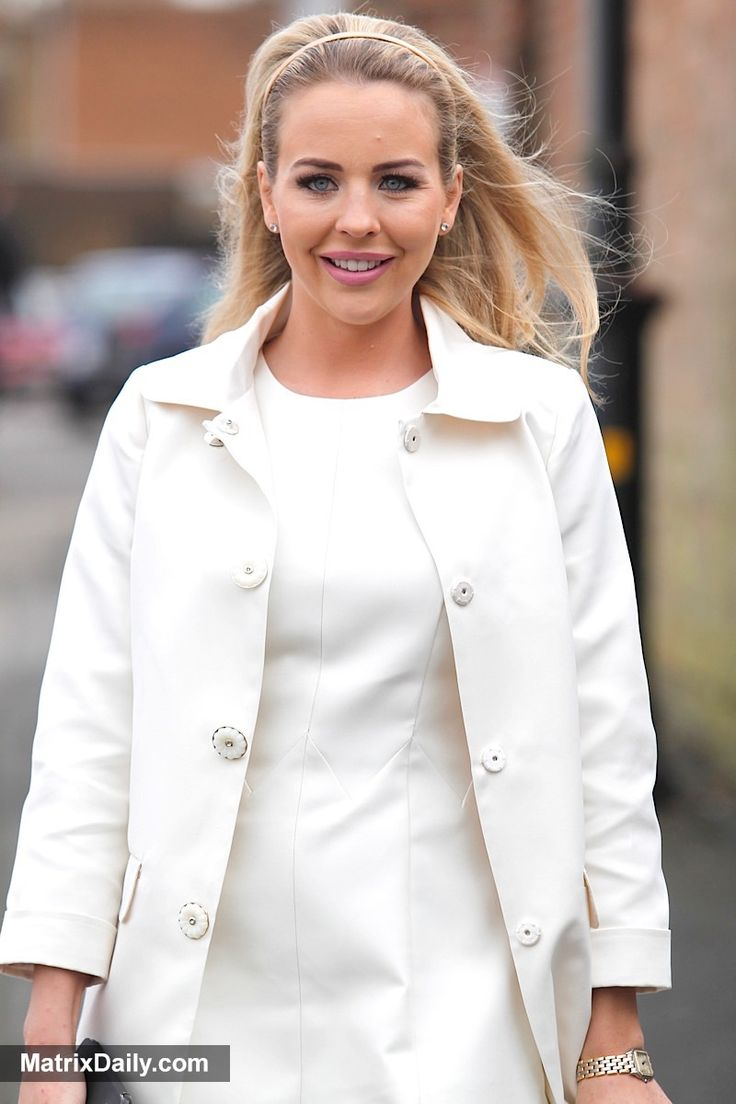 Celebrity Sweet TOWIE cast film at Sugar Hut in Essex with their mums for Mother's Day,  #Brentwood #club #couple #day #Essex #fashion #filming #glamorous #legs #midriff #mothers #revealing #street #style #TOWIE
