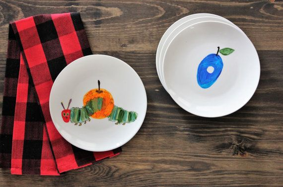 Join the hungry Caterpillar for some fruit with these charming salad / dessert plates. Featuring the adorable Caterpillar and all of his favorites. Made of porcelain, measures approximately 8 inches in circumference. Microwave safe, hand washing recommended.