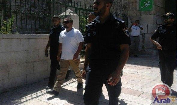 Israeli forces detain Aqsa security guard