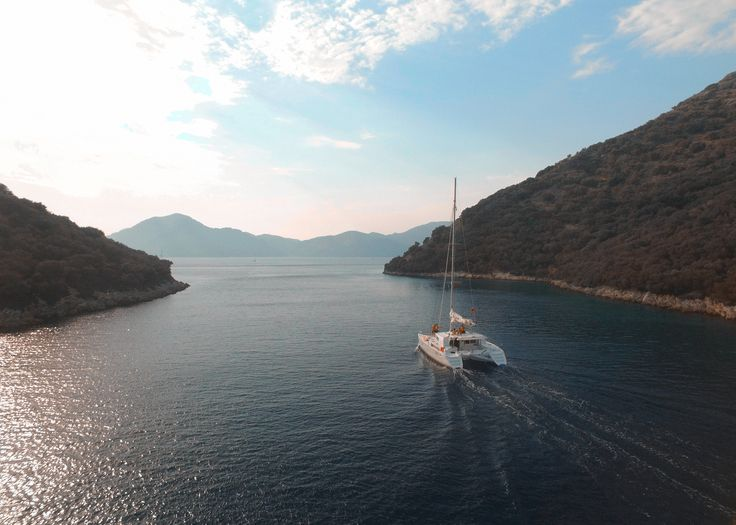 Sailing the Aegean sea with a drone in tow