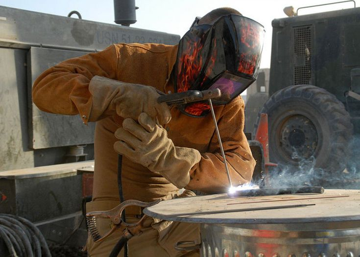 A guide to the arc welding process including information on machine set up, polarity, choosing electrodes, and running a bead.