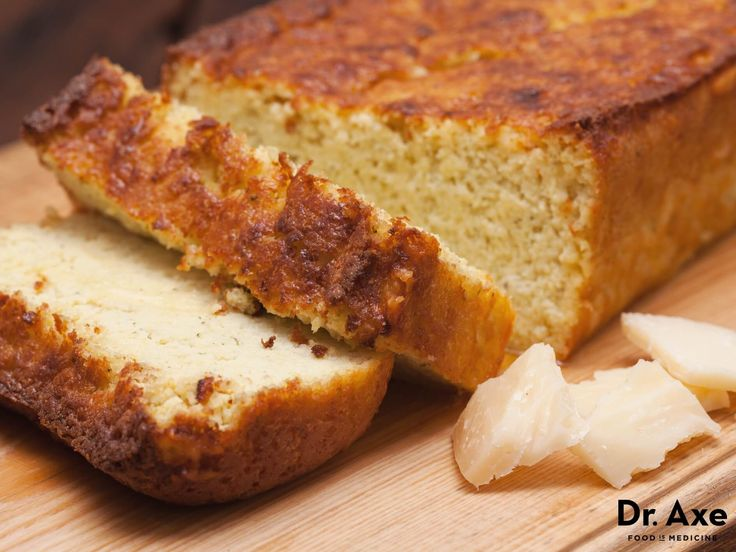 This Cheesy Bread Recipe is delicious and full of healthy fats! It's a great addition to any meal or alone as an amazing snack.