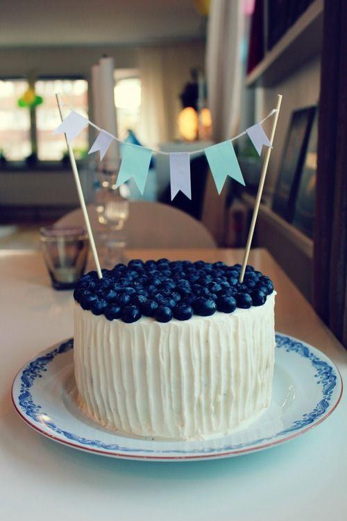 Kardemummatårta med blåbär | Carina Fogde