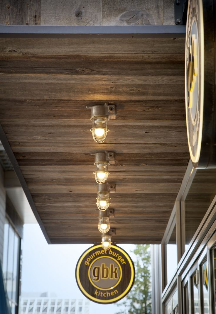 This HRC1905 Reclaimed Solid Pine Grey is used by Gourmet Burger Kitchen