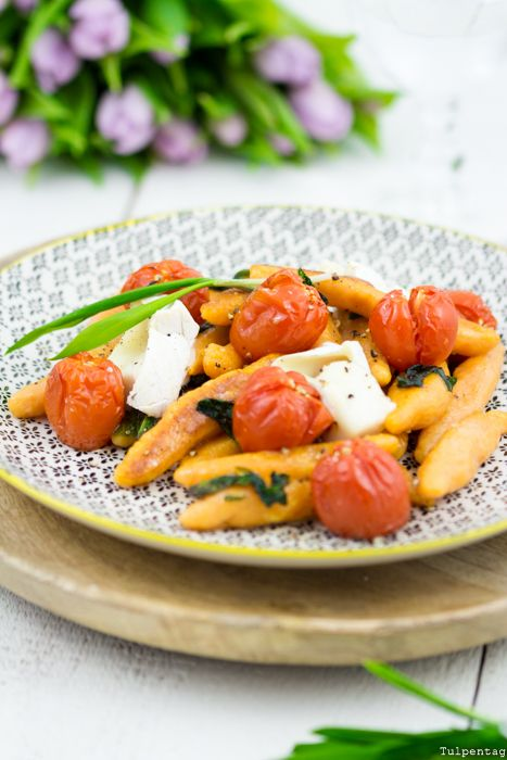 Bärlauch Süßkartoffel Schupfnudeln selbermachen Frühling vegetarisch