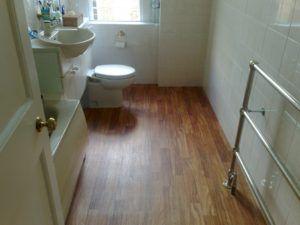 Is Laminate Flooring a Good Choice for Your Bathroom?  http://superchoicecarpet.ca/laminate-flooring-good-choice-bathroom/